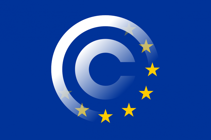 Illustration d'un copyright et du drapeau européen
